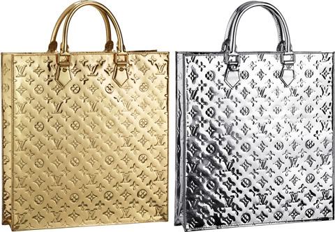 Just in time for the holidays, Louis Vuitton has released the Sac Plat in  the sparkly Monogram Miroir which creates a glamorous dipped-in-metal  effect. 02d1bb20c272